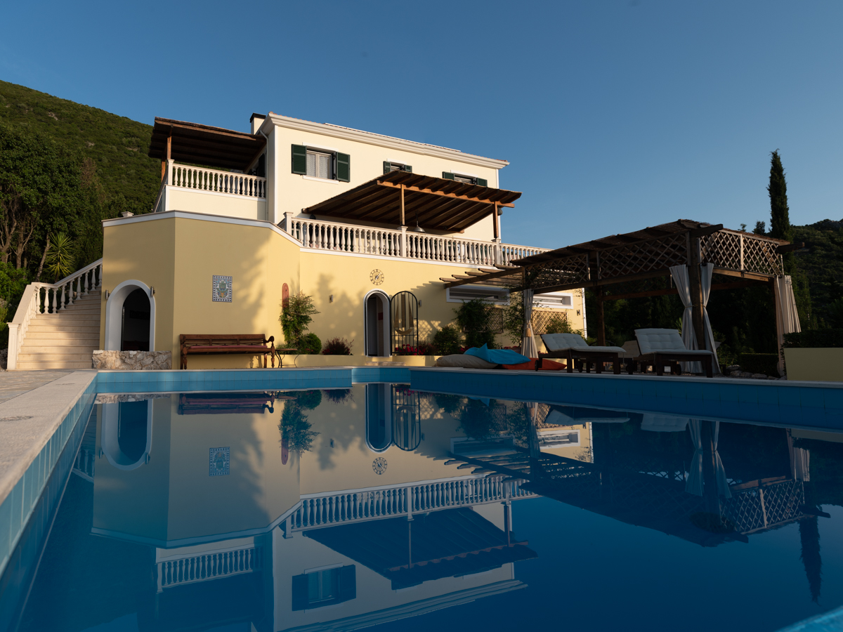 luxury serviced villa on Lefkada