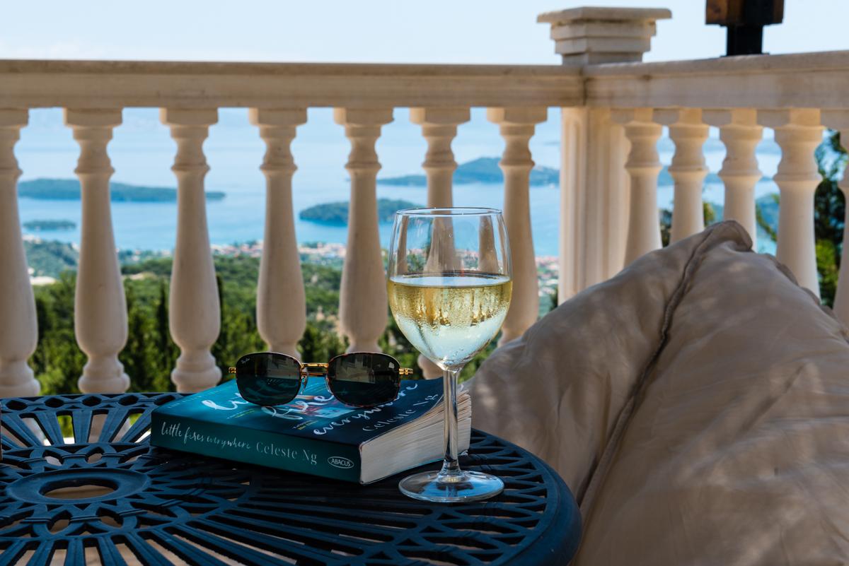 Large Ionian luxury retreat